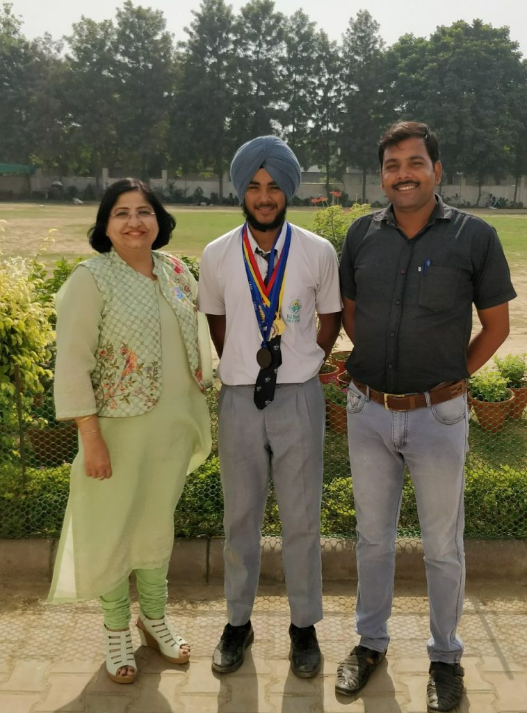 Amrinder Singh (XI reached in Semi final in 63rd School National Athletics Championship
