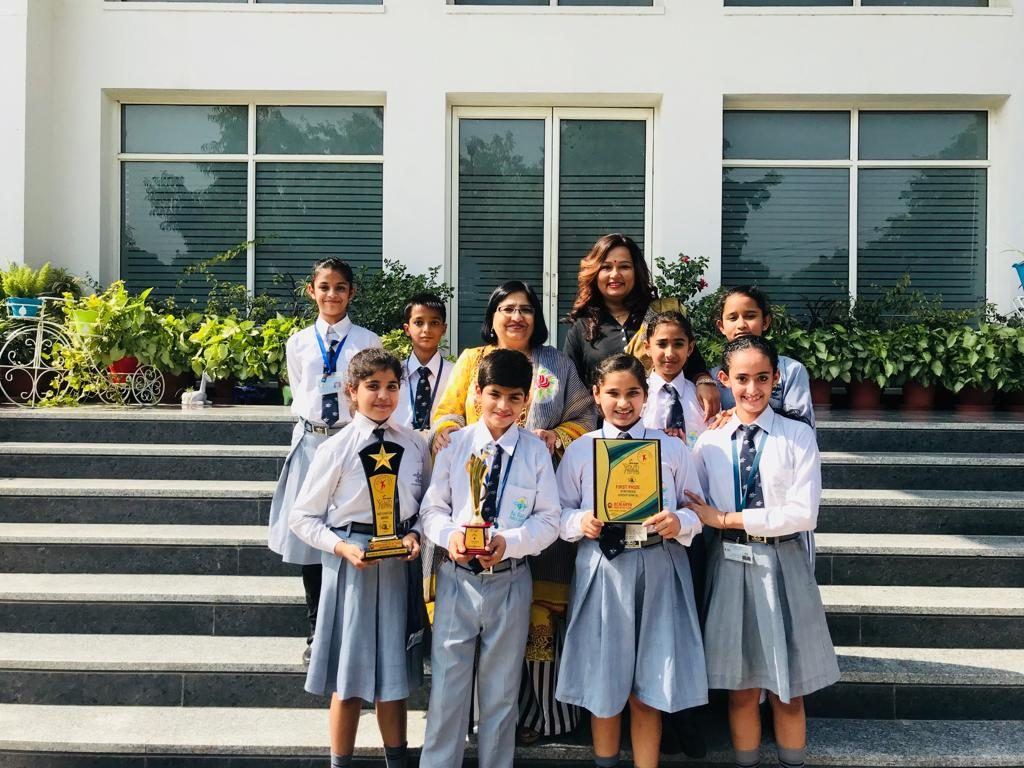 School group dance team bagged 3rd position in TURF-2018